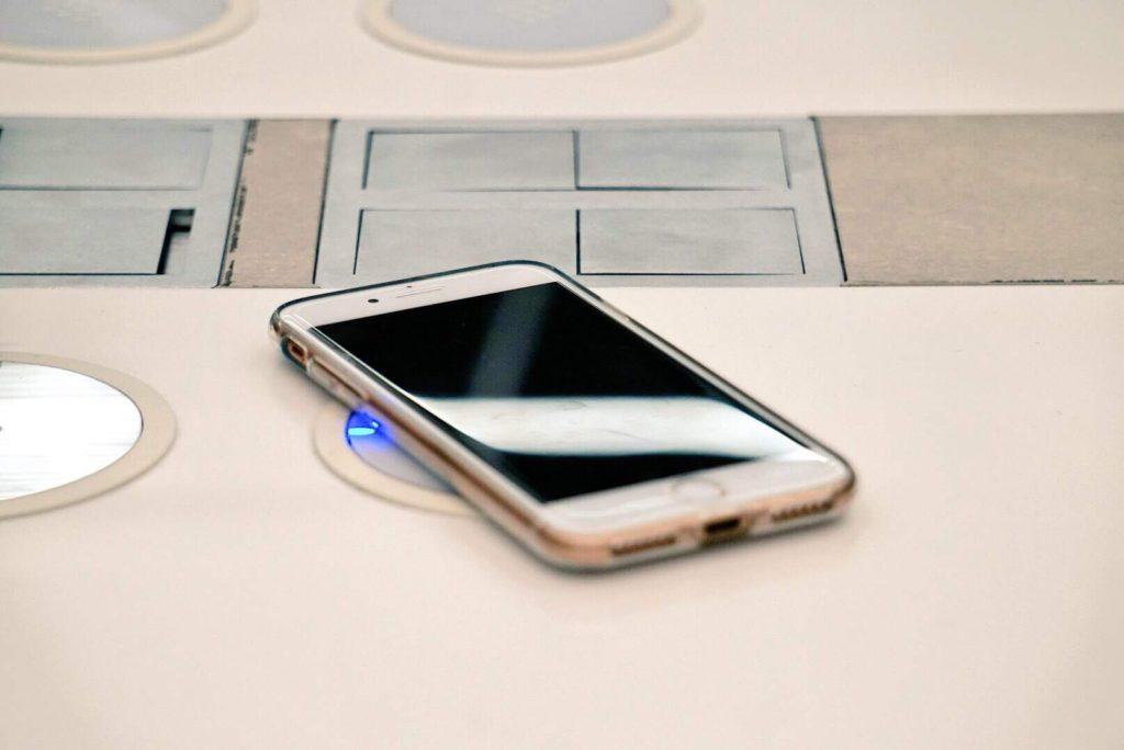 iPhone携帯スマホ